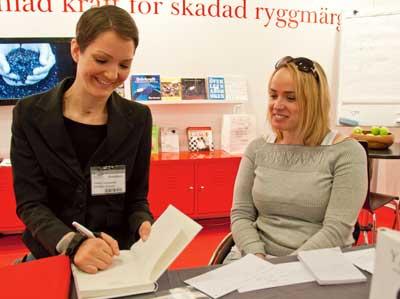 Foto på Yasmin Ljungestedt och Lena Nordquist.