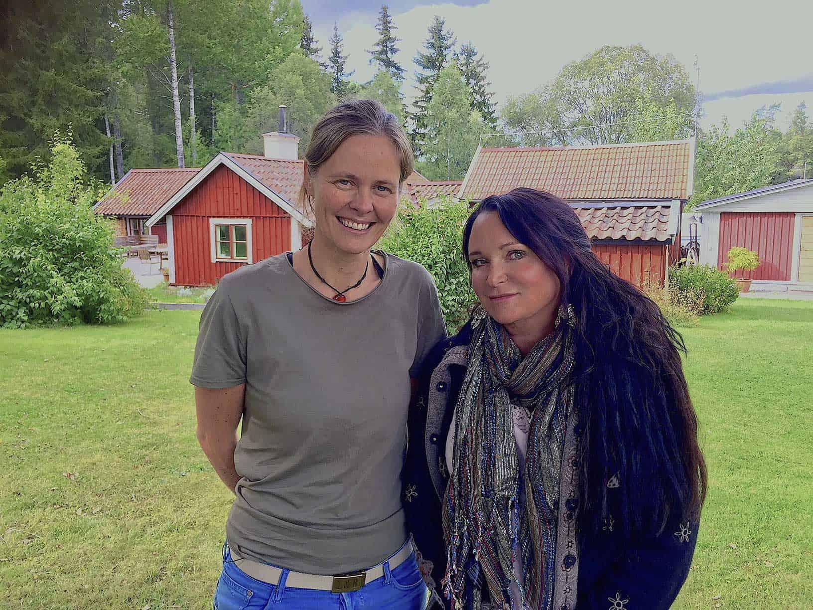 Anna Pella och Anja Kontor. Foto: SVT.