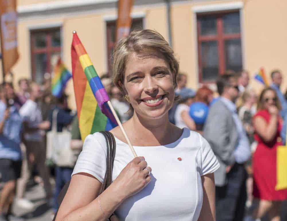 Annika Strandhäll: Sedan apoteksmonopolet avvecklades finns ingen samlad aktör som kan hantera läkemedelsförsörjningen