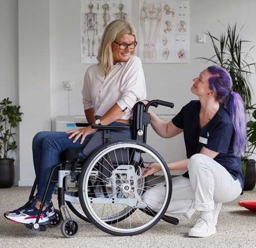 4 frågor om nya manuella rullstolen Cross 6