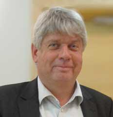 Ett dråpslag, säger Göran Fredriksson, Vårdföretagarna, om regeringens besparing på assistansersättningen.