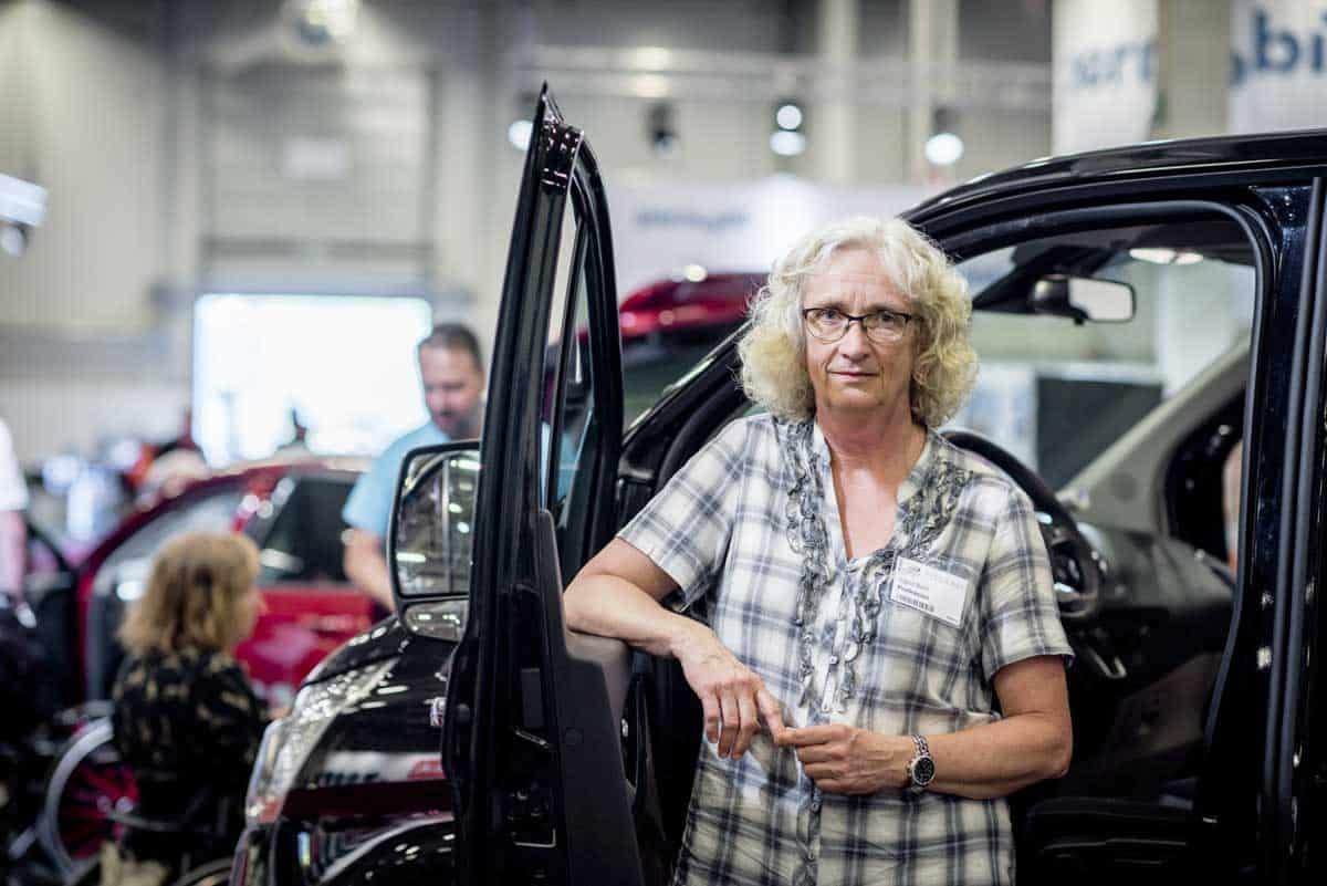 Lena Hallengren måste formulera syftet med bilstödsreglerna och se till att bilstödet blir ändamålsenligt för användarna|Debatt om bilstöd|Debatt om bilstöd|Debatt om bilstöd