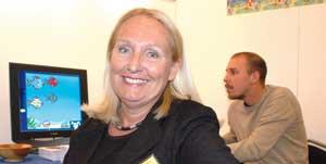Maria Larsson vill ändra lagar som hindrar nya hjälpmedel