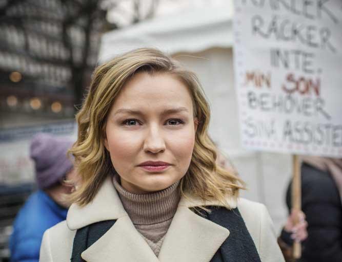 Ebba Busch: Stärkt rätt till assistans måste förverkligas