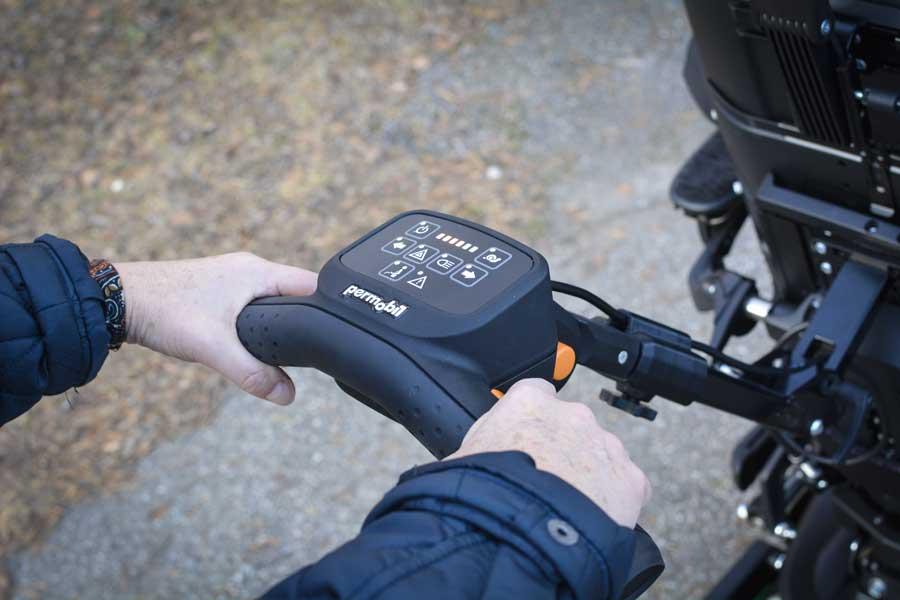 Co-Pilot 2 har en kontrollpanel som visar hastighet